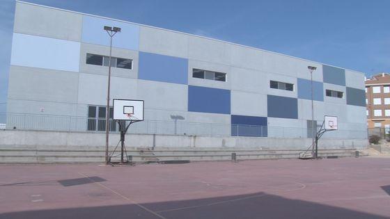 El nuevo pabellón del IES Castillo Puche comenzará a usarse el próximo curso